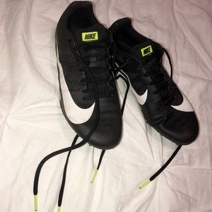 NIKE SPIKES (Size 7.5)